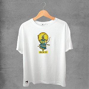 Camiseta masculina e feminina basic branca 100% Algodão Coleção Apaoká Nº 32