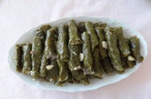 MALFUF (CHARUTO) DE COUVE 200 GRAMAS SNOUBAR COZINHA LIBANESA