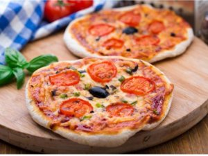 MINI PIZZA INTEGRAL LOMBO COM MUSSARELA NATURAL FAST