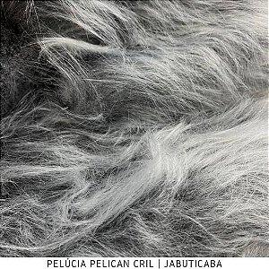 Pelúcia Pelicancril Cinza Jabuticaba tecido pelo Alto 95mm e base firme