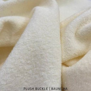 Buckle Plush Baunilha tecido Flanelado e Felpudo por Fora 50cmx1,50m