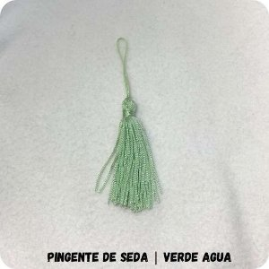 Pingente de Seda | Verde Agua 8cm