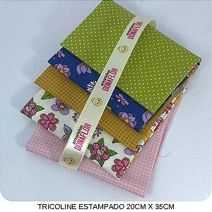 Kit Tricoline Mundo das Flores  5Tecidos 20cm x 35cm