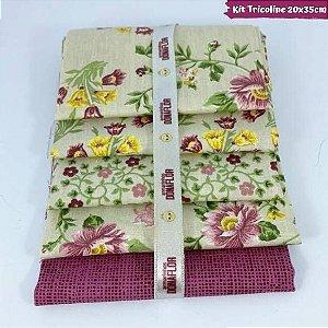Kit Tricoline 5Tecidos Flores Fundo Creme 20cm x 35cm cada
