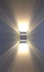 Arandela De Parede E Muro Externa Retangular 2 Frisos Branca + Lâmpada Led