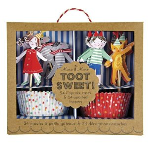 Kit para cupcake festa de aniversário - 24 pins + 24 formas