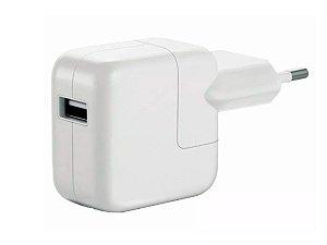 fonte adapter apple 10W de tomada uma entrada USB bivolt 127V-220V 2.1A