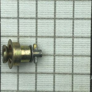 DZUS - 40557-A100 (2002-6)