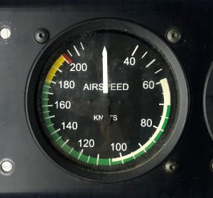 AIRSPEED INDICATOR - EA5175-11L-CIR       (40-215)    (3562-002)