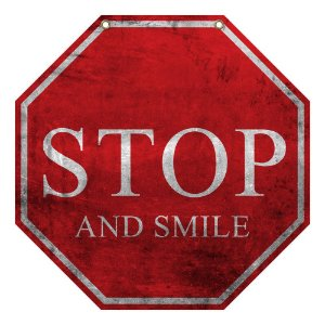 "Placa Decorativa ""Stop and Smile"" LA-65"