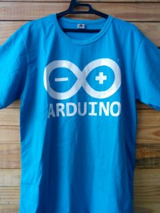 Camiseta Arduino Azul Masculina
