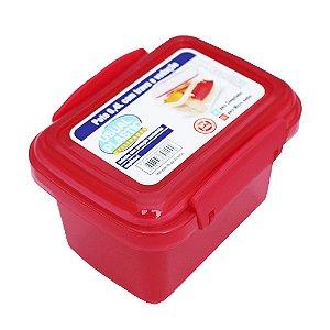 Pote com Tampa Vermelho Translúcido Usual Plastic com Trava e Vedação 0,4 Litros - Med: 11,3 x 8,5 x 7,8 cm - Ref. 243