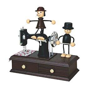 Porta Joia e Caixinha Musical Máquina de Costura e com Bonecos 20 x 15 x 12 cm