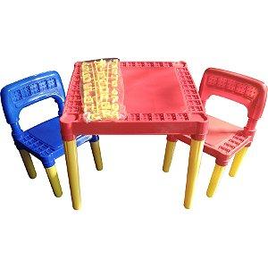 Mesinha Infantil Com 2 Cadeiras De Plástico Mesa Educativa