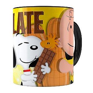 Caneca Peanuts Chocolate com Amendoim Snoopy Preta