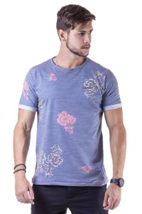 """Camiseta Manga Curta Floral Em Tecido Especial """"Coleção Indonésia"""""""