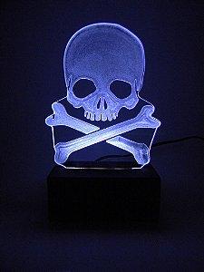 Luminária de Mesa Led Acrílico Caveira Pirata Bivolt Branco