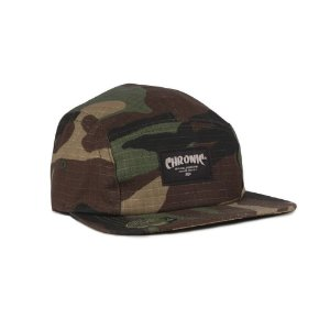 Boné Chronic Five Panel Strapback Camuflado Verde Aba Reta