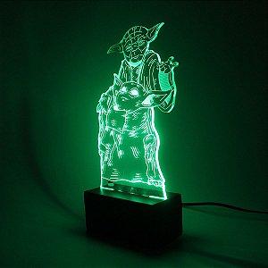 Luminária Mesa Led Acrílico Jedi Bebê RGB 16 Cores 18cm