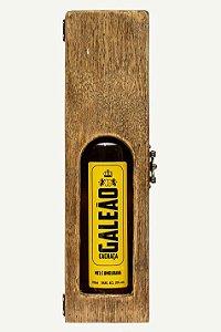 Caixa de Madeira com Visor + Cachaça Galeão Gabriela