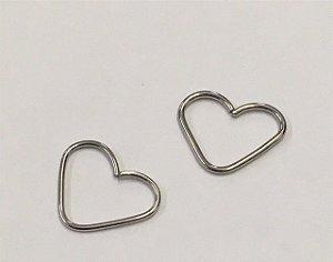 Piercing p/ Orelha de Coração