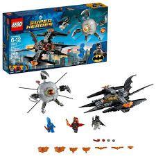LEGO Super Heroes DC Comics  Batman Combatendo o Ciborgue OMAC