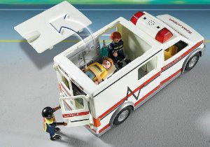 PLAYMOBIL CITY AMBULANCIA