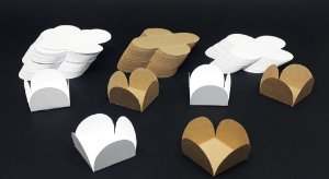 Forminha Forma 4 Pétalas Embalagem Kraf ou Branca P/ Doce 1000 Unid