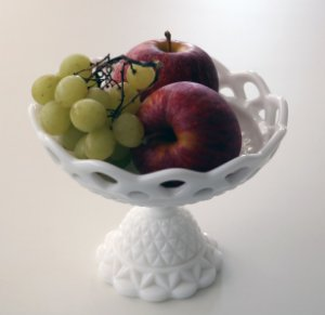 Milk Glass - Fruteira petit