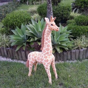 Girafa de Pelúcia Safari - 90cm Em Pé