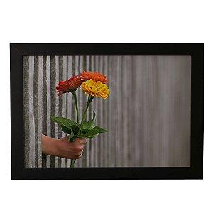 Quadro Decorativo Flores na Mão