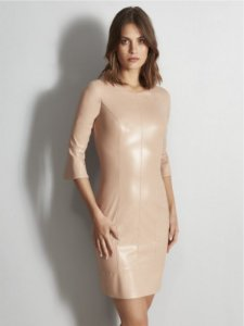 Vestido  rose couro