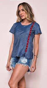 Blusa t-shirt jeans com faixa