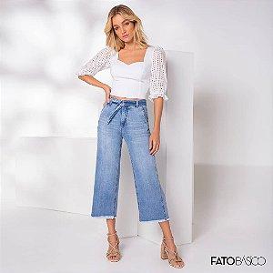Calça jeans Pantacourt