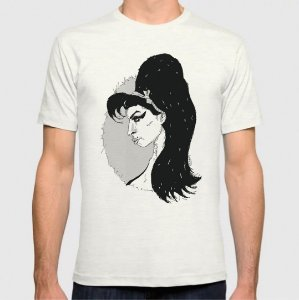 Amy Winehouse - by Mad Music - T-Shirt