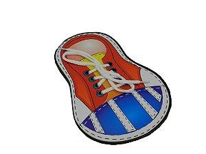 Brinquedo para Coordenação Motora Alinhavo de Madeira - Tênis