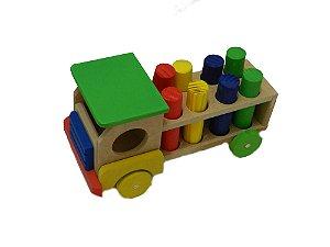 Brinquedos educativos 3 anos - caminhão com pinos