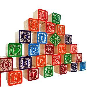 Kit de Blocos de Montar de Madeira ABC Entalhado