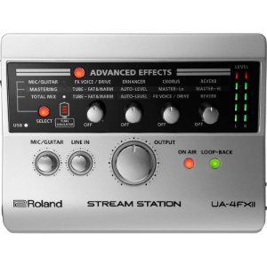 Interface De Áudio Roland Usb Para Streaming Ua-4fx2