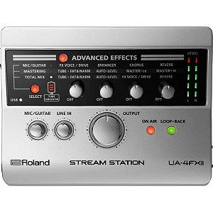 Interface De Áudio Roland Usb Para Streaming Ua-4fx2