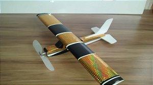 aeromodelo cessna 152 na cor ouro