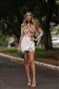Mini saia de sarja com renda