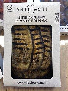 Antepasto de berinjelas grelhadas com alho e orégano, ideal para comer como entradinha com pãezinhos e torradinhas. Peso 250g