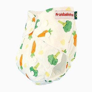 Fralda ecológica - Branco - Cenoura e brócolis