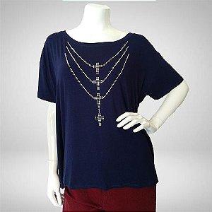 Blusa colar de crucifixos plus size