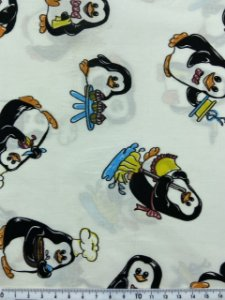 Tricoline Pinguins Fundo Branco ( 0,50 m x 1,40 m )