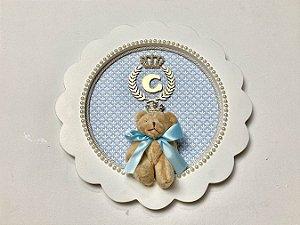 Porta maternidade redondo tema príncipe herdeiro cor azul claro personalizado com inicial