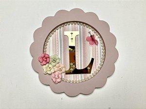 Porta maternidade redondo tema flores cor rosê personalizado com letra dourada