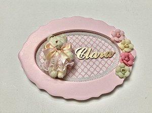 Porta maternidade oval tema ursinha com flores cor rosa personalizado