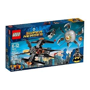 LEGO Super Heroes - DC Comics Batman - Combatendo o Ciborgue